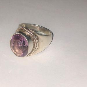 Jewelry - Pretty Amethyst 925 Ring